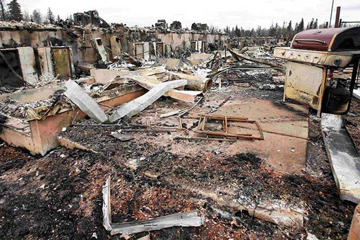 Se destruyó 10% de la  ciudad Fort McMurray