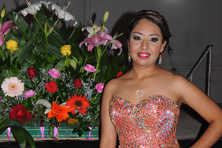 Será coronada Carla Conteras  Reina de las Ferias de San Buena