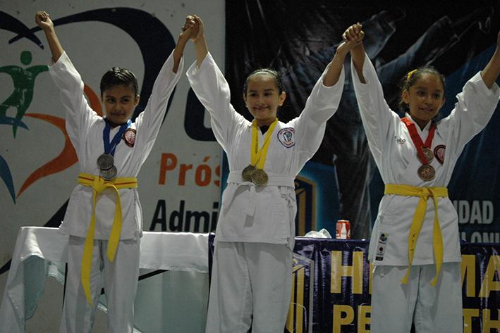 Éxito en Karate pentatlónico