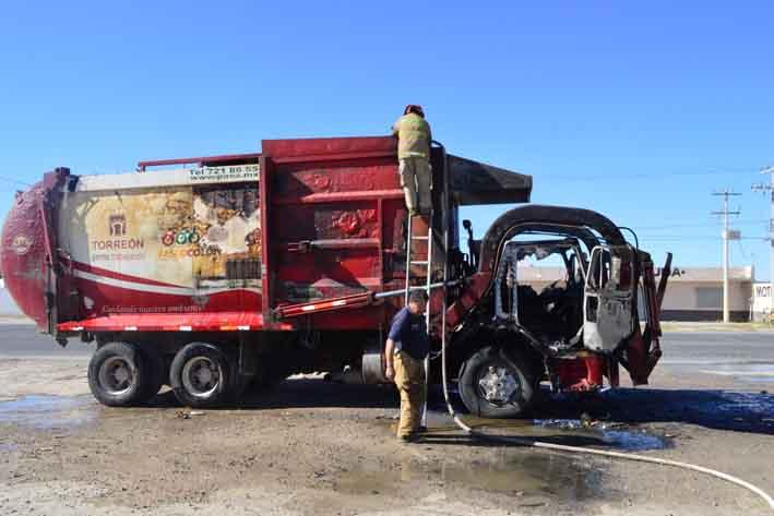 Se incendia camión recolector de basura