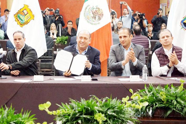 Defiende Coahuila a sus gasolineros