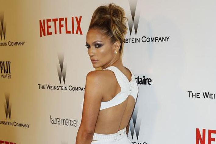 Jennifer Lopez logra orden de restricción contra acosador