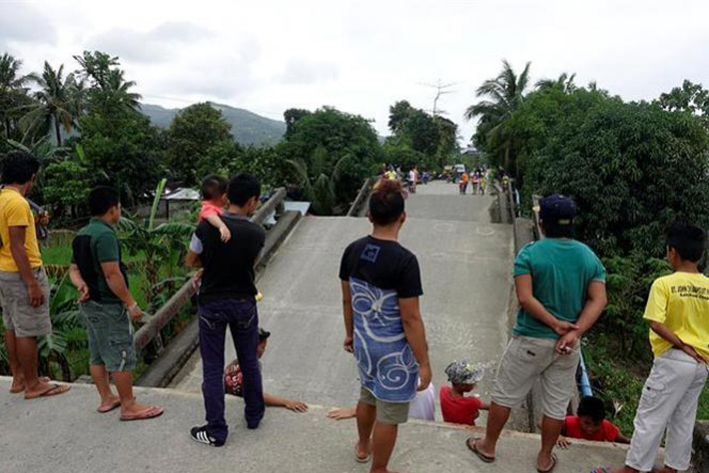 Deja 15 muertos sismo en Filipinas