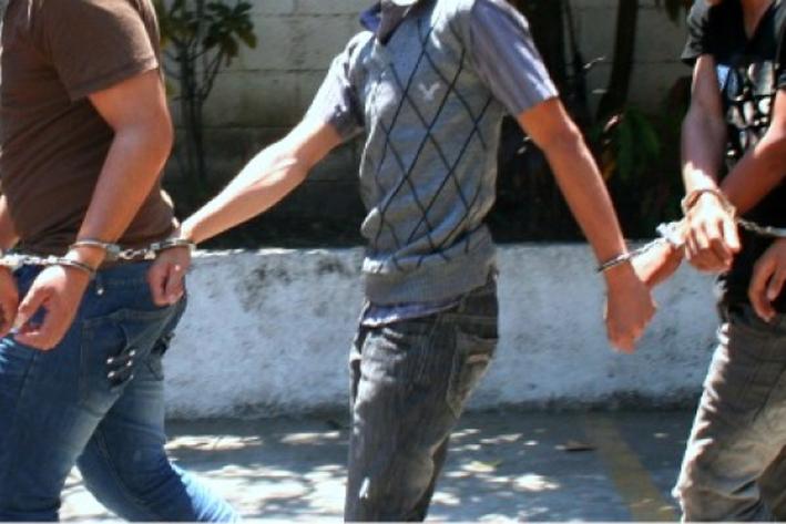 Arrestan a mexicanos por cultivar mariguana
