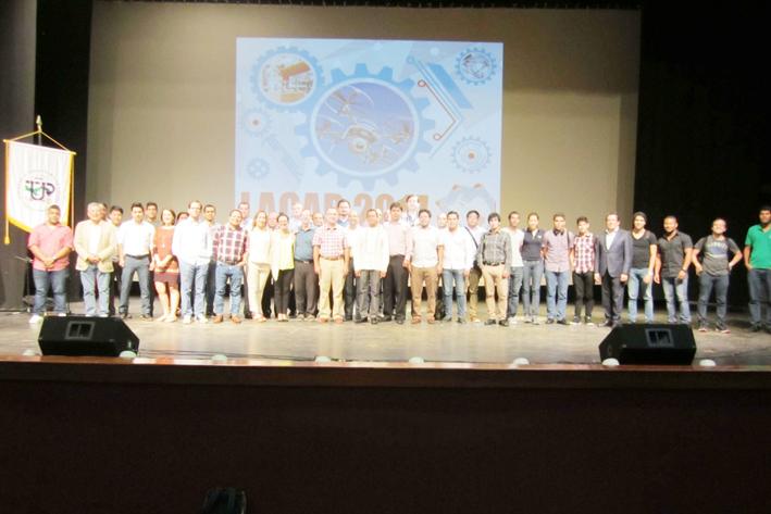 Participan en Congreso Internacional LACAR