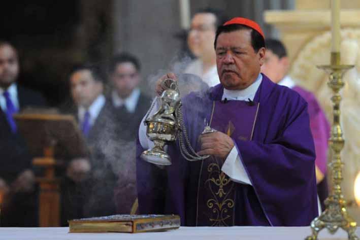 Cardenal Rivera encabeza el Domingo de Ramos