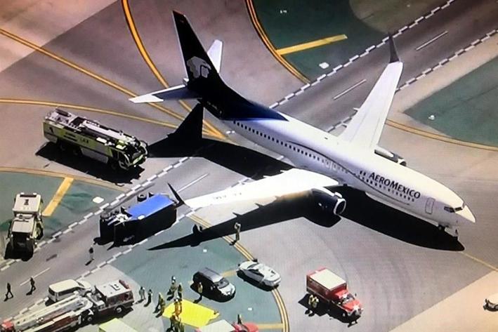 Choca un avión  de Aeroméxico