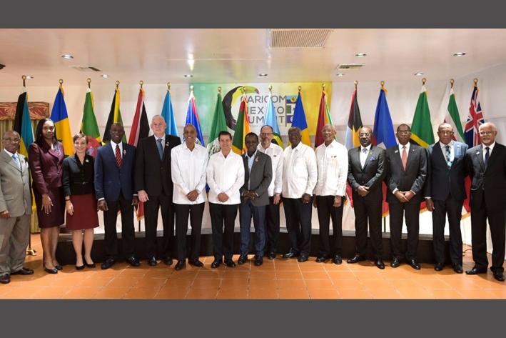 Plantea Peña Nieto plan antidesastres en Caribe