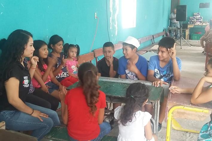 Ofrece PRONNIF pláticas sobre Derechos de los Niños