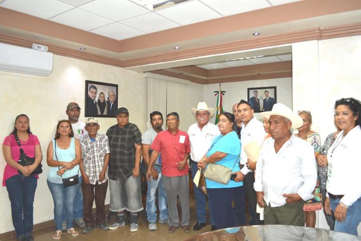 Agradecen vecinos de la Diana Laura apoyo del Alcalde