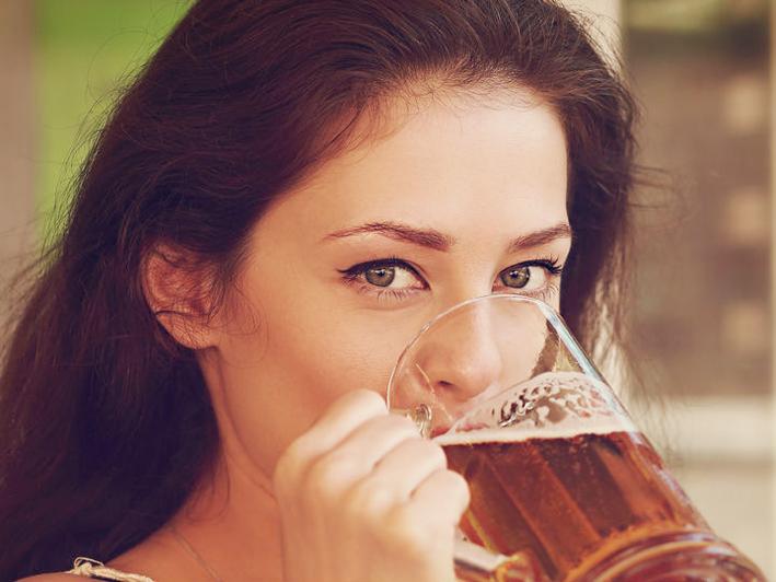 La cerveza es una buena 'aliada' para aprender un idioma