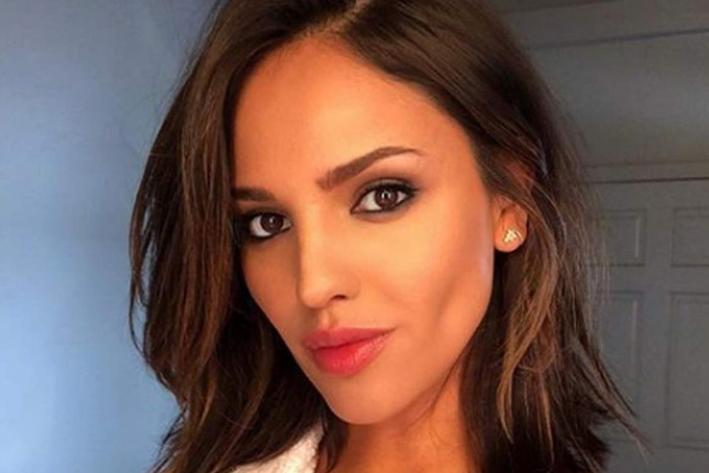 Eiza González posa para revista en EU y sale espectacular