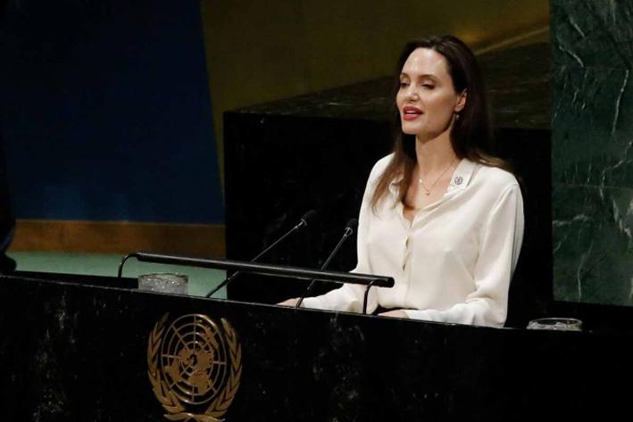 Angelina Jolie defiende a mujeres afganas ante ministros de la ONU