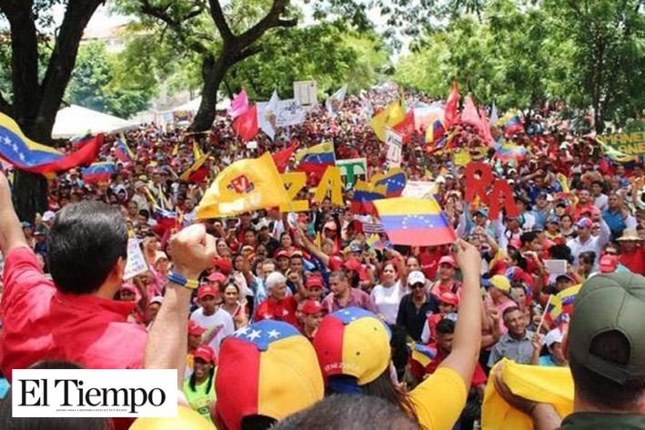 Protestas en Washington y Caracas en apoyo a Venezuela contra bloqueo de Trump