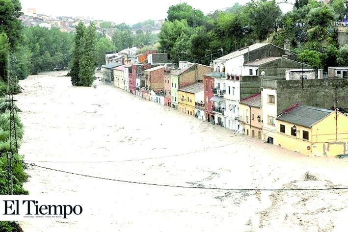 Sureste de España sufre las peores lluvias en más de un siglo