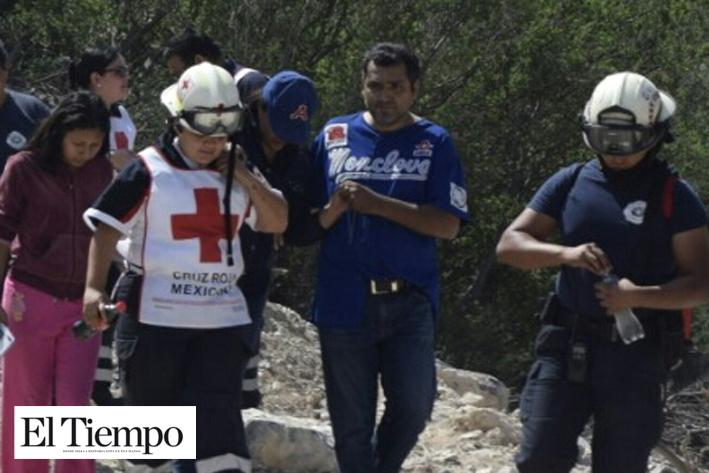 Rescatan a 'perdida' en cerro de Colinas