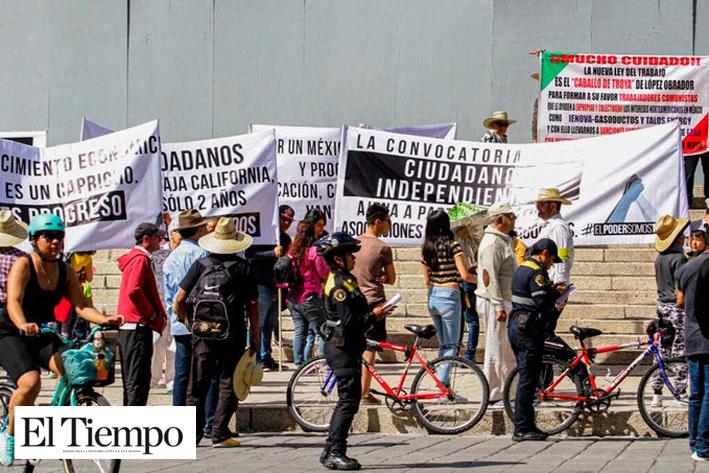 Marchan para exigir la renuncia de Alfonso Durazo