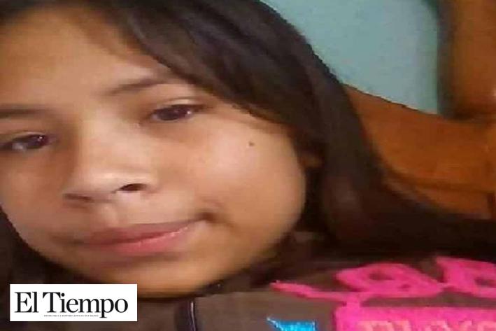 'Miente la Fiscalía; mi hija sigue viva'