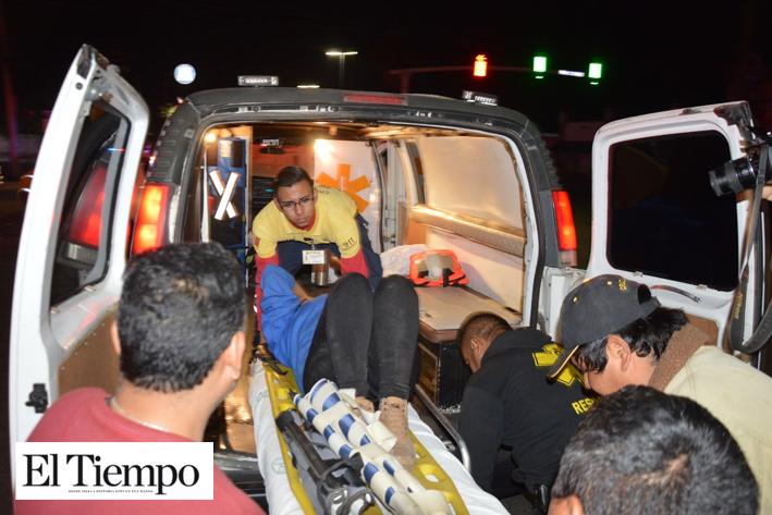 Mujer herida en fuerte accidente
