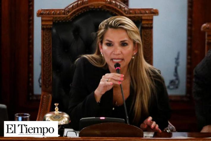 Jeanine Añez Chávez asume la presidencia