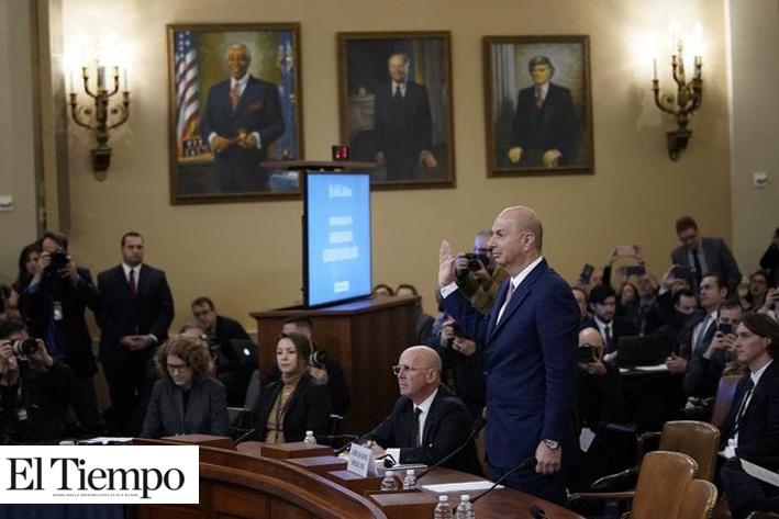'Obedecí las instrucciones del presidente': Embajador Sondland confirma en audiencia presiones políticas de Trump contra Ucrania