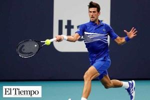 Novak Djokovic con paso demoledor