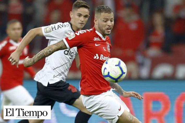 Nicolás López con un pie en Tigres UANL