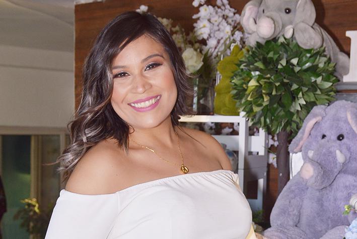 Yazmín De los Santos Ya es mamá