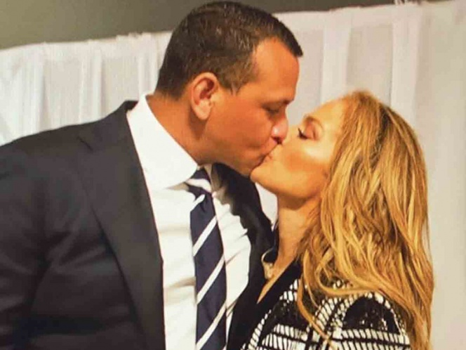 JLo pospone su boda con Alex Rodriguez debido al coronavirus