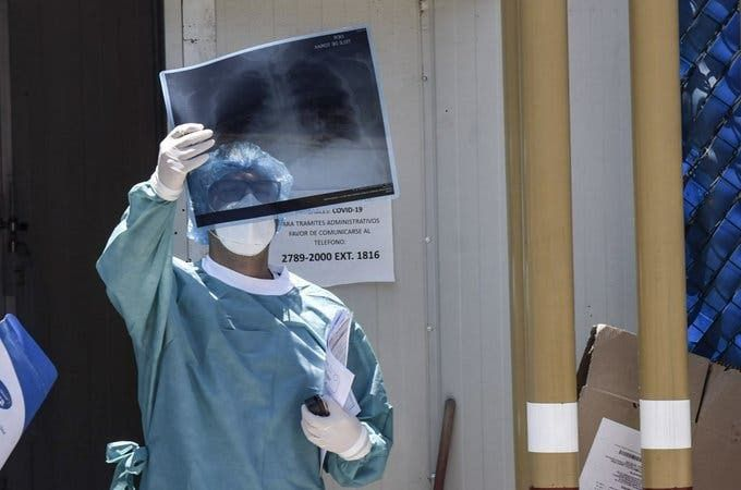México registra 11,394 casos de COVID-19 en el personal sanitario