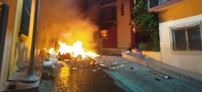 Atacan hospital y oficinas en Chiapas; pobladores dicen que COVID-19 'no existe'