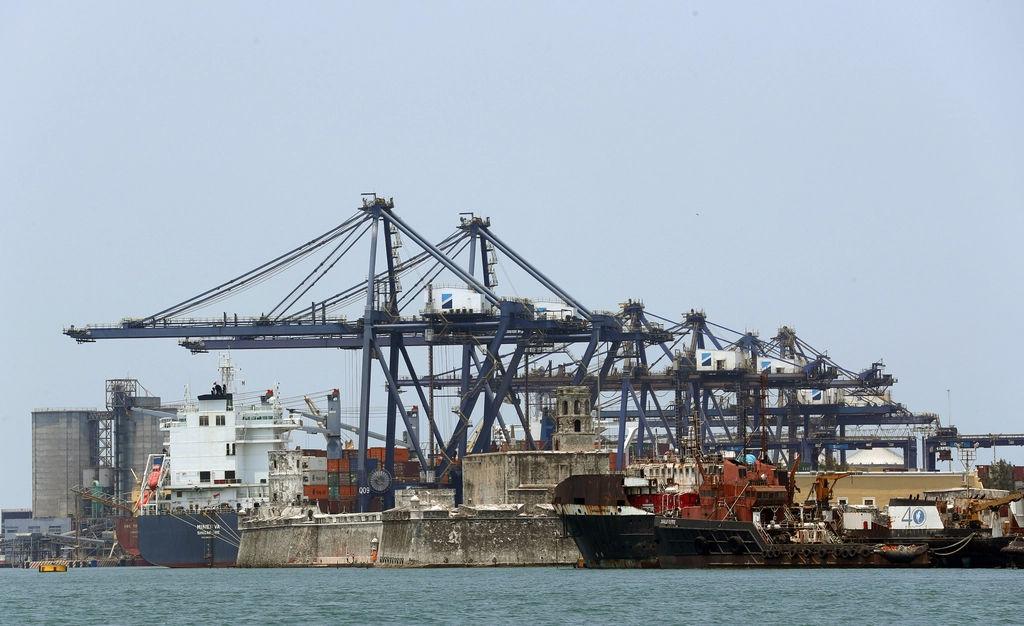Exportación se desploma 56.7 %