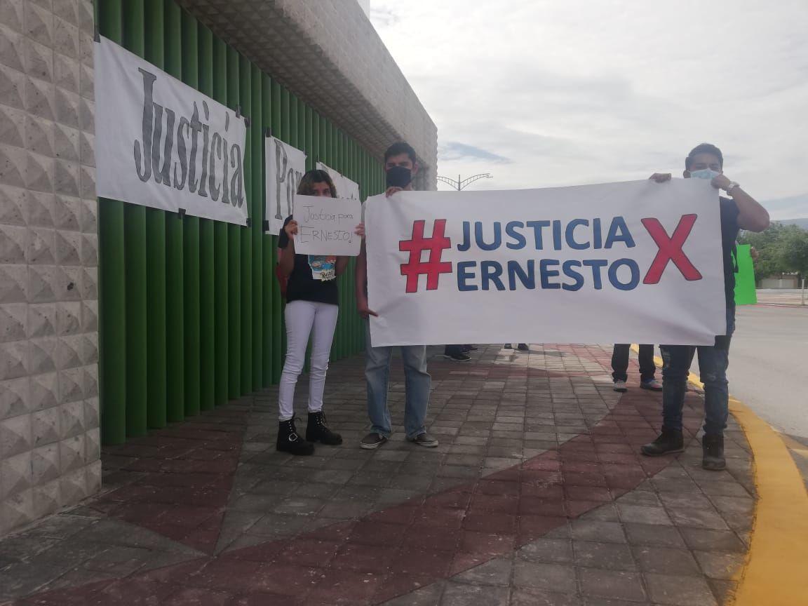 'Justicia por Ernesto' demandan familiares