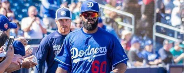 Detienen a jugador de Dodgers