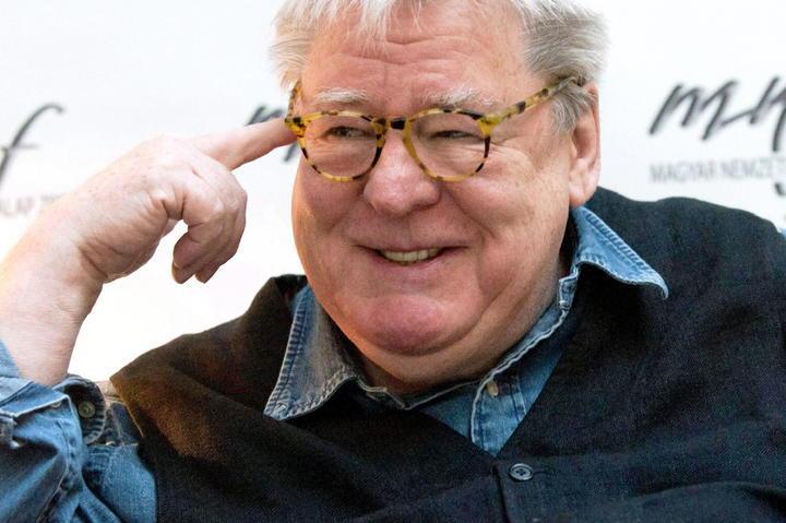 Fallece el director británico Alan Parker
