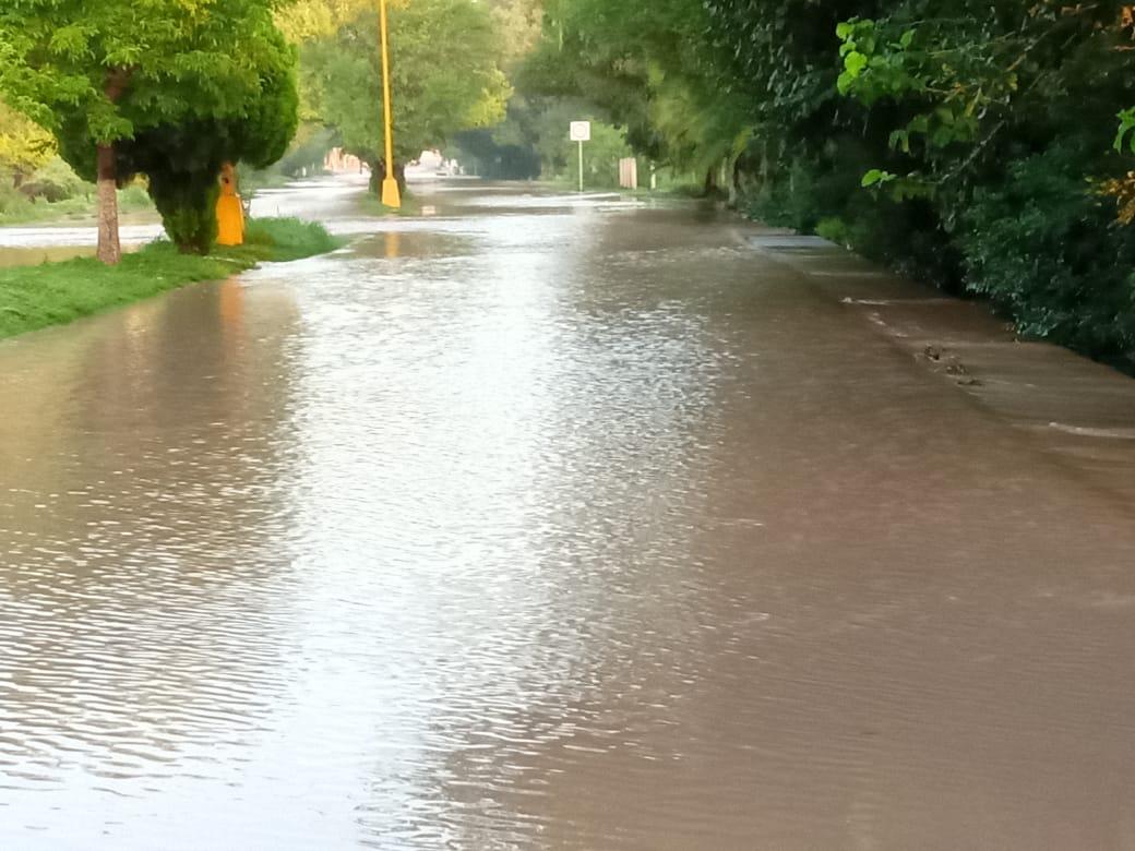 Cierran avenidas por  las fuertes lluvias: Protección Civil