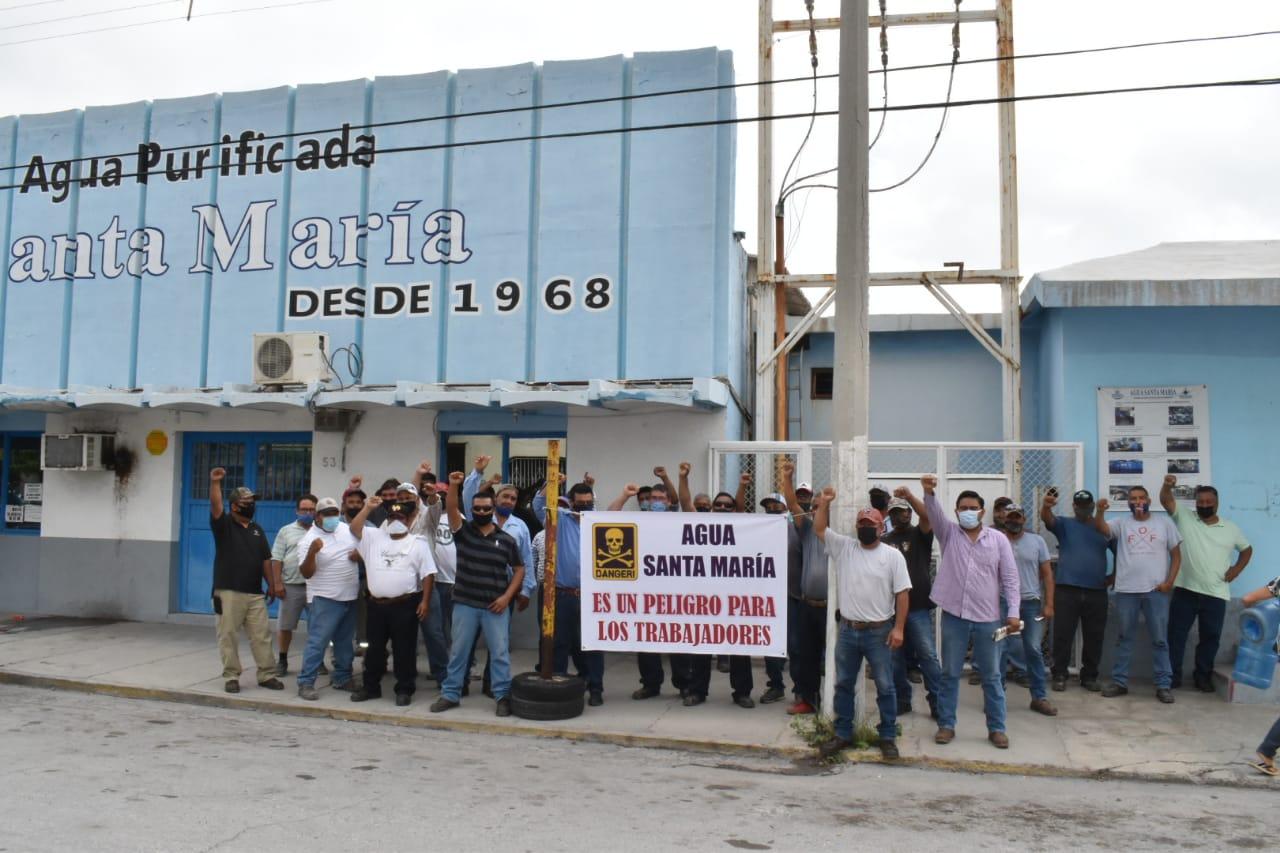 Levantan obreros  paro de labores de 'Agua Santa María'