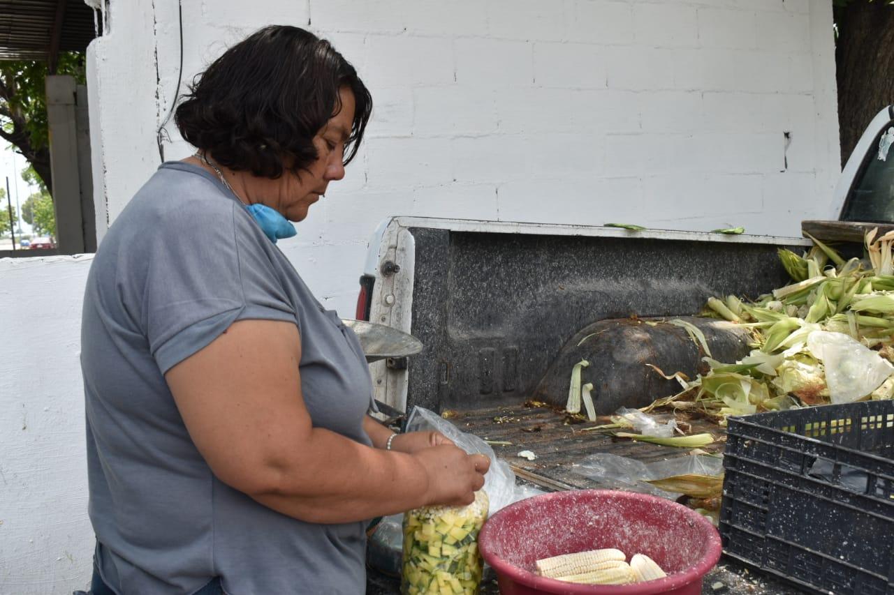 Se satura San Buena de negocios de comida por crisis