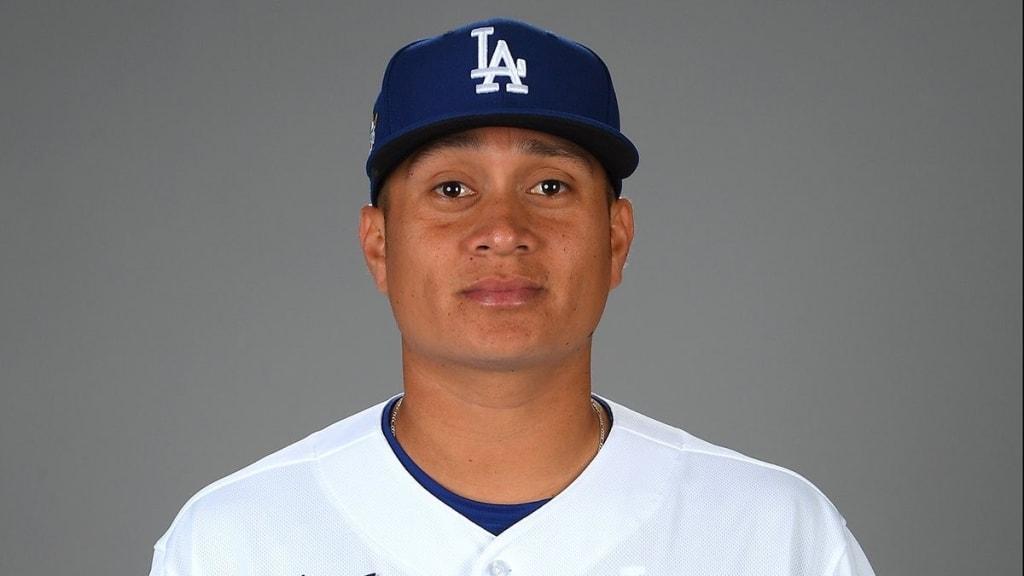 Pitcher mexicano debuta en Grandes Ligas