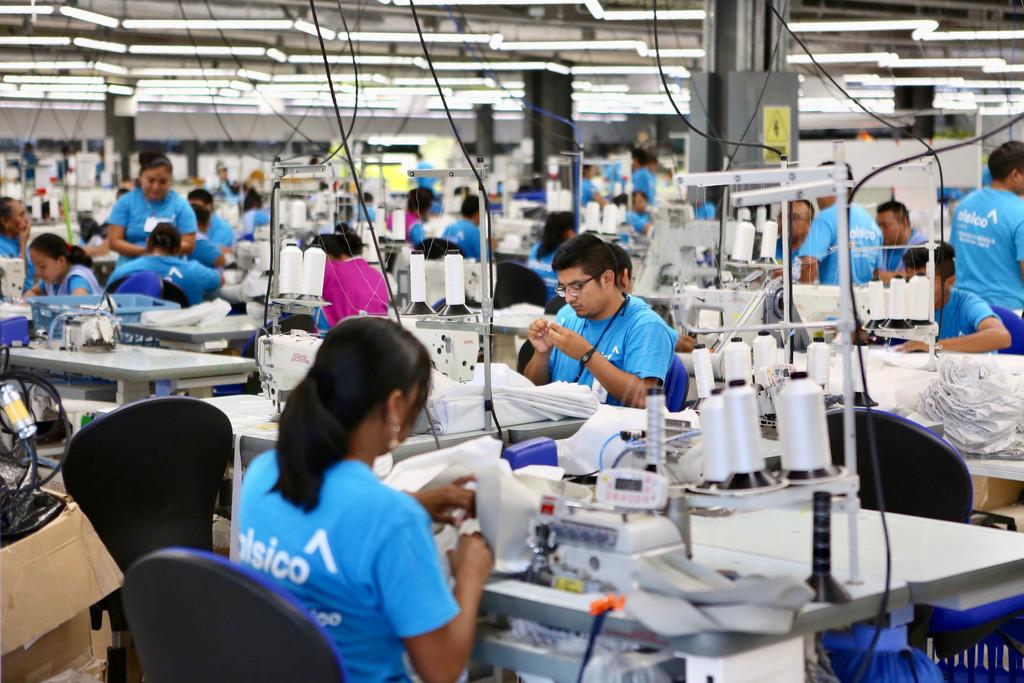 Pierden maquilas 70 mil empleos