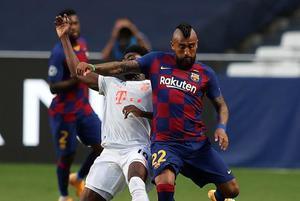 Bayern ridiculiza a un Barcelona indefenso