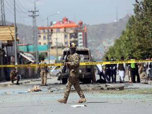 Una bomba lapa mata a activista y funcionario de alto rango en Afganistán
