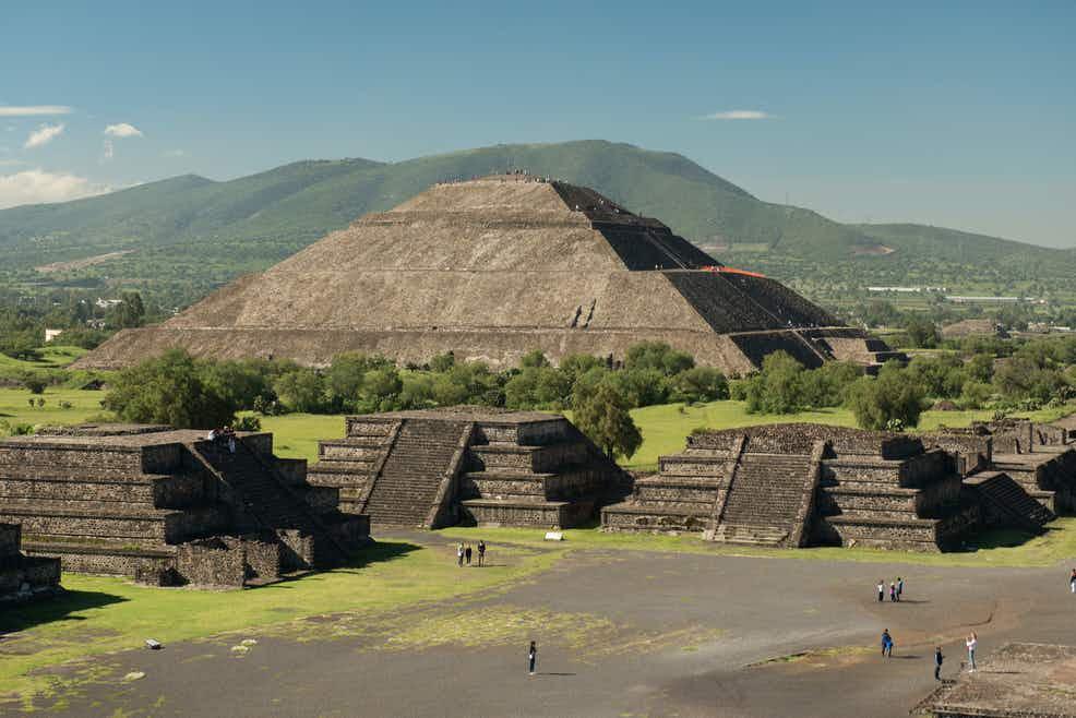 Ahora puedes observar la lluvia de estrellas en Teotihuacán