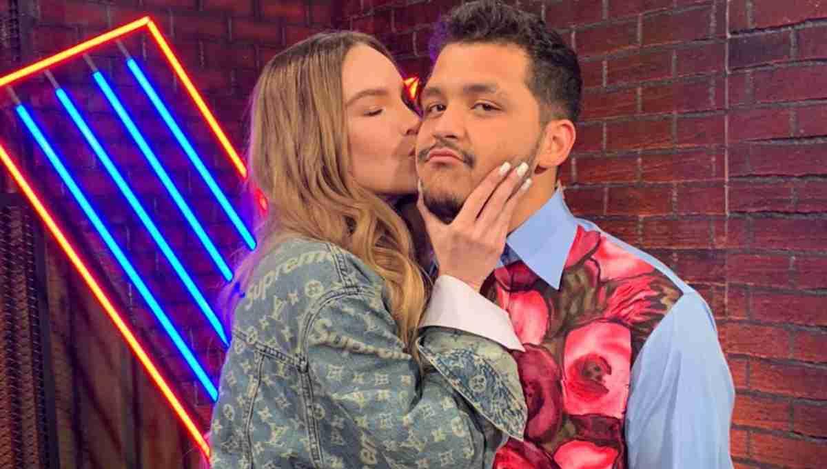 Belinda y Christian Nodal comparten velada muy romántica