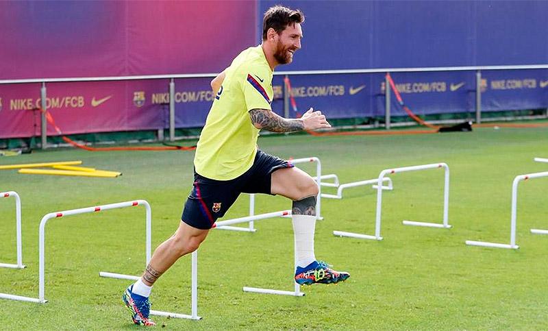 Messi llega a la Ciudad Deportiva para empezar la pretemporada