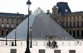 Adquiere un panel español del siglo XV el museo Louvre