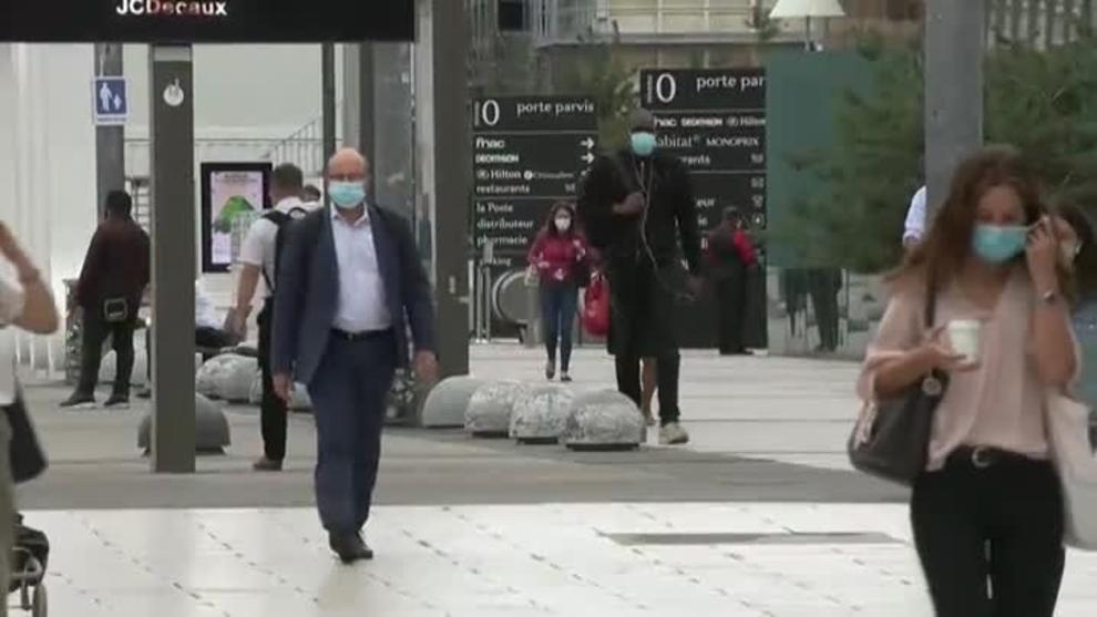 Francia registra más de 4,000 nuevos casos de COVID-19 en 24 horas