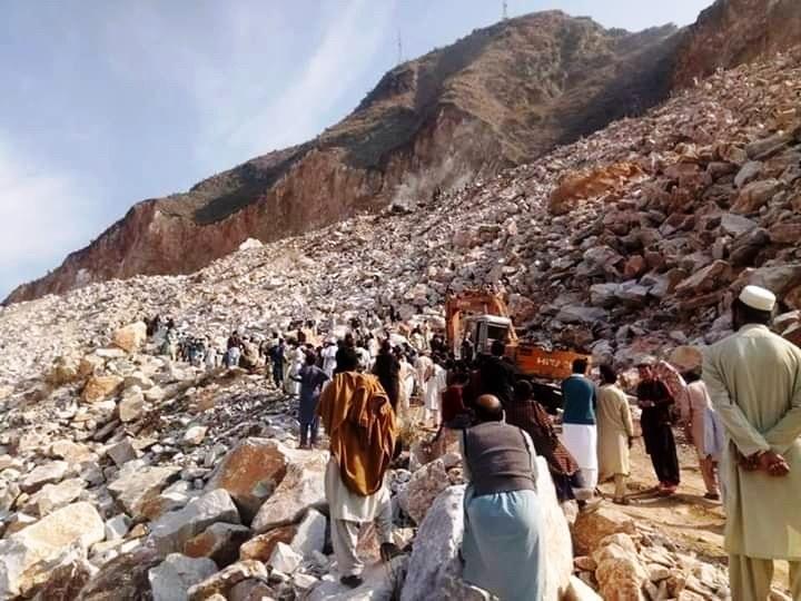 Al menos 19 muertos por desprendimiento en una cantera de mármol en Pakistán