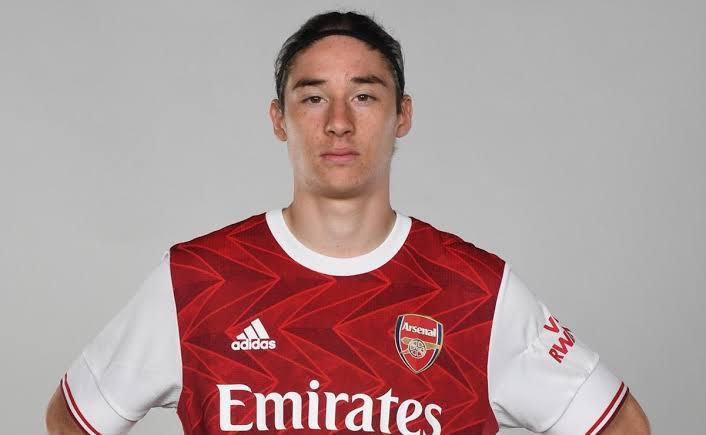 Futbolista mexicano, convocado por el primer equipo del Arsenal
