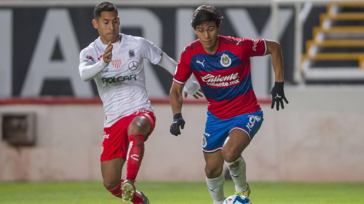 Necaxa sigue en mala racha y recibe a Chivas